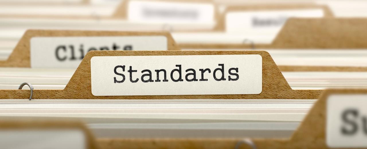 استانداردها در تبلیغات چاپی